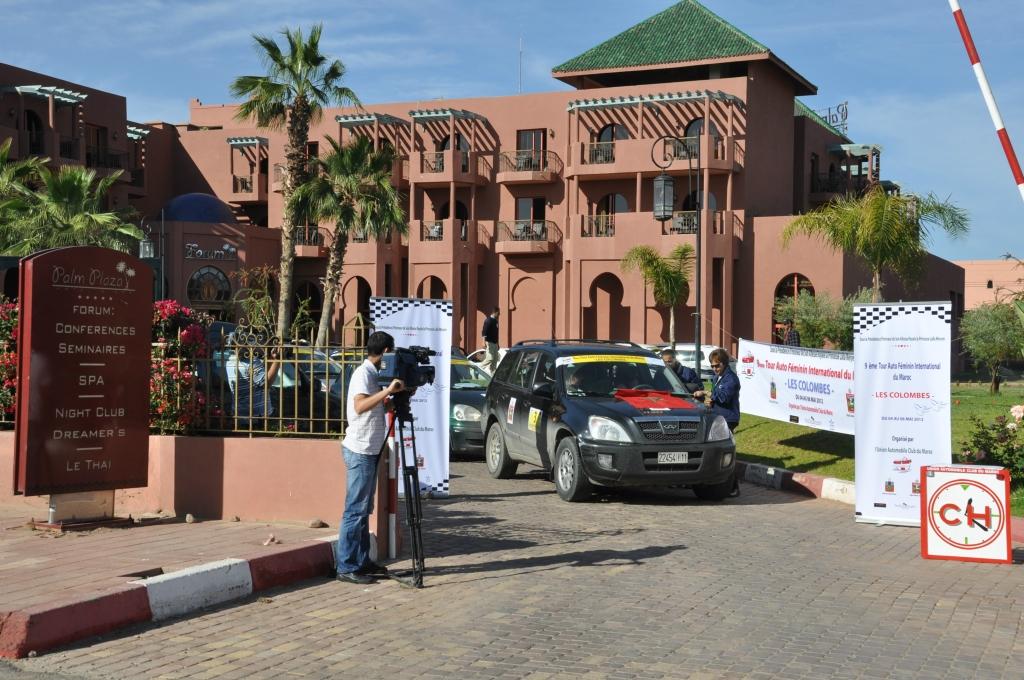 Départ d'étape de Marrakech donné par l'organisatrice