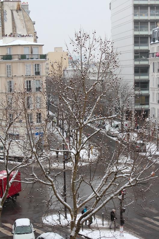 Paris in the snow, by Bénédicte Mahé